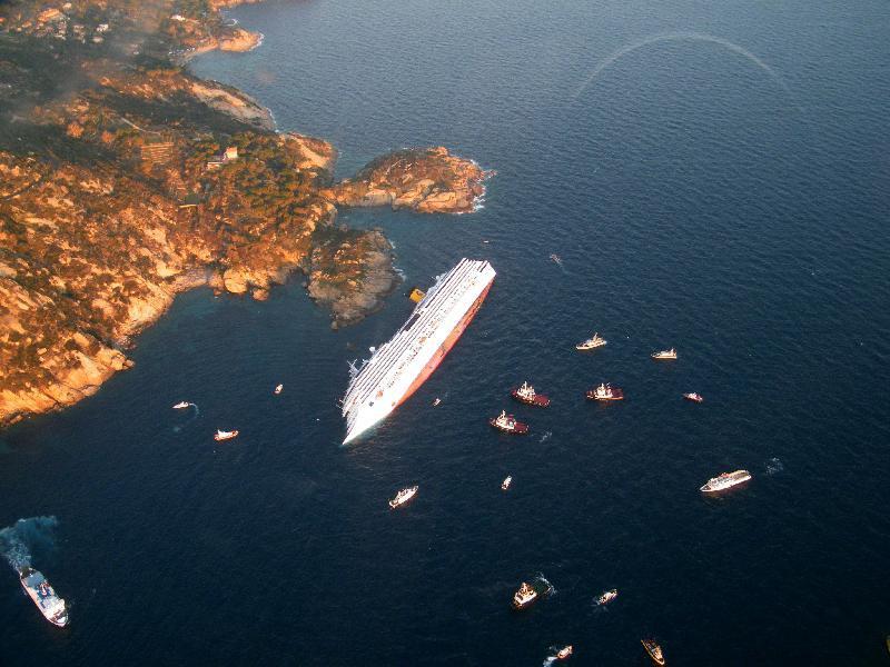 Costa Concordia @ Isola del Giglio | Jan. 14, 2012 (3/3)