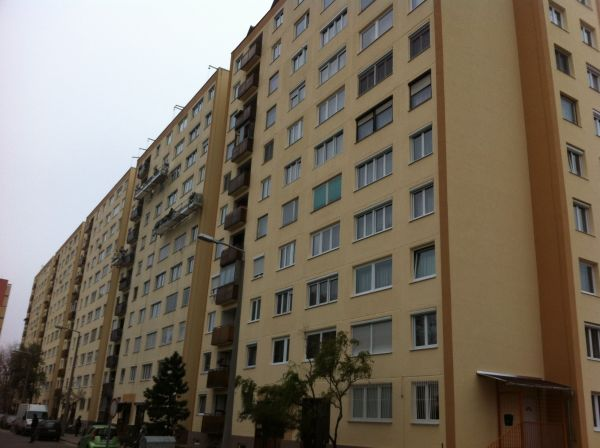 Retrofitted Social Housing Estates in Harsfa - Budapest