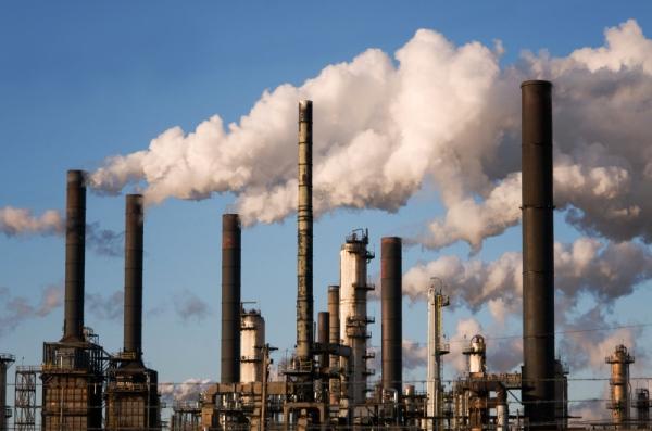 06_oilrefinerysmokestack