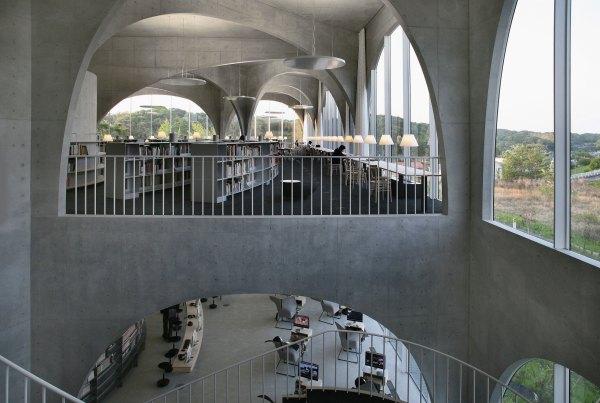 toyo-ito_tama-library-04