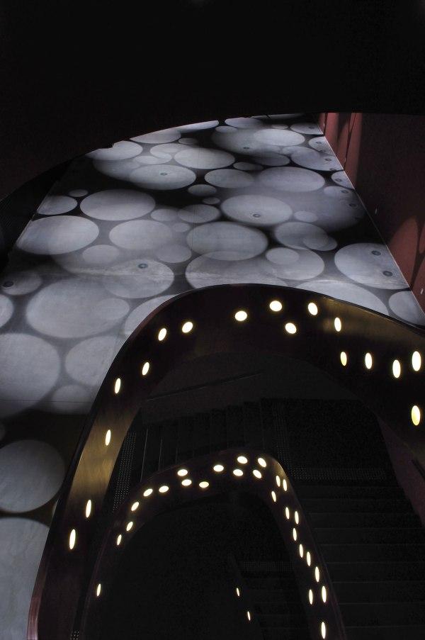 toyo-ito_za-koenji-theatre-03