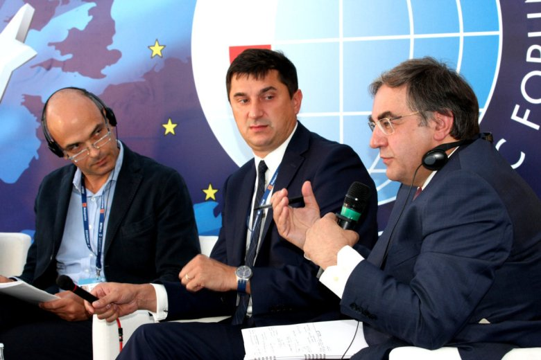 Antonio Borghi, Marceli Niezgoda and Janusz Sepiol @Krynica Economic Forum 2013